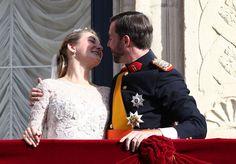 Luxemburgin kuninkaalliset häät: Vau, mikä intohimoinen suudelma! | Kuninkaalliset | Iltalehti.fi