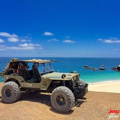 jeepflow: Look how beautiful this WILLYS jeep is next to this lovely beach. #WILLYS #jeep #OG #JEEPFLOW