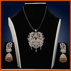 Buy Indian Jewelry online - a wide range of fashion, costume & artificial jewelry in stunning designs. Discover the most artistically crafted sets at Utsav Fashion. Antique Jewellery Online, Indian Jewellery Online, Indian Jewelry, Gold Jewelry, Women Jewelry, Indian Dresses Online, Traditional Indian Jewellery, Imitation Jewelry, Pendant Design