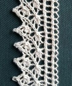 Click for full-screen display Easy Knitting, Loom Knitting, Knitting Stitches, Lace Knitting Patterns, Stitch Patterns, Crochet Lace Edging, Knit Crochet, Knit Edge, Lace Making