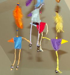 Ptáčkování . Zveselalala... ♥ Spring birds Spring Birds, Colorful Birds, Bird Feathers, Toys, Merry, Drop Earrings, Carousel, Products, Handarbeit