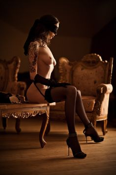 Submissions of a kinkier than ever mind : Photo