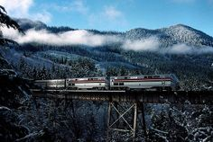 Amtrak's Coast Starlight rail rolls over the Salt Creek trestle in Oregon's Cascade mountains. saltcreek by Slideshow Bruce, via Flickr #amtrak #train #travel