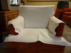 diy design blogspot - how to create a tailored slipcover for your chair - makes it look easy!