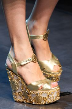 Dolce & Gabbana Spring 2014 Ready-to-Wear Accessories Photos - Vogue