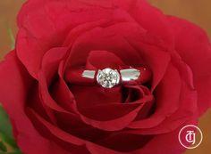 Tiffany & Co 0.22 F/VS1 Etoile Diamond Solitaire Engagement Ring Platinum