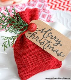 DIY: Christmas Gift Card Bag  These would be wonderful for giving a special Christmas tip to waitresses and waiters.