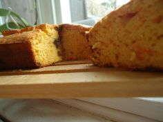TEA TIME CORNBREAD: WITH CHOCO CHIPS AND ALMONDS. A SUPER EASY RECIPE. CAKE FOR BREAKFAST!!