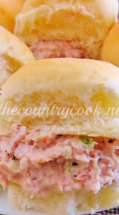 The best ham salad recipe only requires a food processor, leftover ham, mayonnaise, celery, onion and perfectly combined seasonings! Ham Salad Recipes, Chicken Lunch Recipes, Sandwich Recipes, Gourmet Recipes, Appetizer Recipes, Cooking Recipes, Recipes With Deli Ham, Appetizers, Sandwiches For Lunch