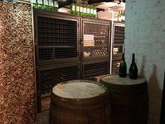Vinoteekki Helsinki, red wine, wine tasting
