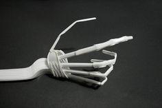 como hacer un esqueleto humano con material reciclable - Buscar con Google