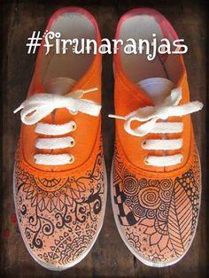https://www.facebook.com/bamboleoestacion?ref=hl zapatillas pintadas a mano
