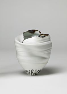 Emma Sutherland: porcelain tea light
