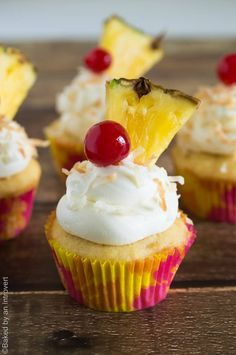 These simple pina colada cupcakes will make every day seem like a trip to the tropics! Have your pina colada and eat it too, in a cupcake! Baking Cupcakes, Cupcake Recipes, Cupcake Cakes, Dessert Recipes, Cupcake Ideas, Cup Cakes, Mini Cakes, Pina Colada Cupcakes, Pineapple Cupcakes