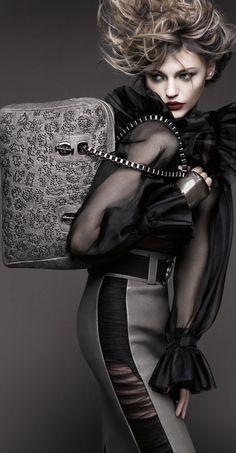 Sasha Pivovarova for Thomas Wylde Russian Model Gorgeous Glamour Fashion Haute Couture Dolled Up Beautiful Foto Fashion, Estilo Fashion, Fashion Mode, High Fashion, Fashion Beauty, Womens Fashion, Winter Fashion, Fashion Clothes, Looks Dark