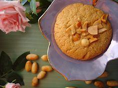 Mpiskota-tragana-me-fistikovoutiro-1 Hummus, Biscuits, Cookies, Ethnic Recipes, Desserts, Food, Gastronomia, Crack Crackers, Crack Crackers