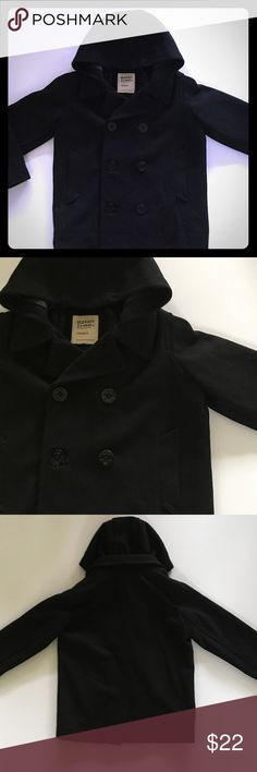 Old Navy Wool Blend Hooded Boys Coat This jacket is perfect to help your kiddos look polished and warm at the same time! The coat is a wool blend outer and polyester lining. There is a button to help keep the coat closed inside as well as a pocket. Hood is NOT detachable. Two outside pockets as well. EUC. Very sharp coat Old Navy Jackets & Coats