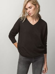 100% CASHMERE SWEATER WITH BATWING SLEEVES