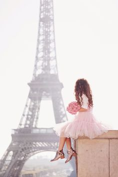 Hi everyone, we're back at home after the best trip to Paris! Oh we had so much fun!I have a lot of photos to share, so I am starting the series with my favorite ones!❤ The tulle pink dress is old, from Asos.Thank you again to my husband for the patience, creativity and that lovely…