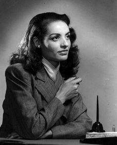 Ophelia DeVore -Ophelia DeVore (August 12,1922 - February 28, 2014) was the first African-American model in the United States. In 1946, she helped establish the Grace Del Marco Agency, one of the first modeling agencies in America. changed the way women of color were seen in the modelling industry.  ♛   ♛~✿Ophelia Ryan ✿~♛