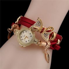 Shop & Buy MINHIN Butterfly Retro Bracelet Watches Women Lovely Wedding Quartz Wrist Watches 6 Colors Rhinestone Delicate Female Watches Online from Aalamey Stylish Watches, Watches For Men, Wrist Watches, Female Watches, Ladies Watches, Women's Watches, Retro Watches, Ladies Bracelet Watch, Watch Band