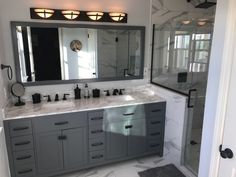 A marble looking porcelain tile coordinates beautifully with the real deal. #porcelaintile #marblelooktile #marblecountertop #bathroomremodeling https://www.arizonatile.com/en/products/porcelain-and-ceramic/themar