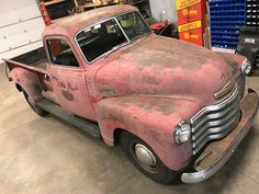 1949 5 Window Deluxe Chevrolet Pickup Truck 9' Foot Bed One Ton 3800 Chevy Trucks, Pickup Trucks, Classic Trucks For Sale, Advertising Tools, Retro Radios, New Tyres, New Carpet, Modern Retro, Pick Up