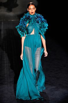 The F-Breath: A Garden On The Runway: Gucci Fall Winter 2011 2012