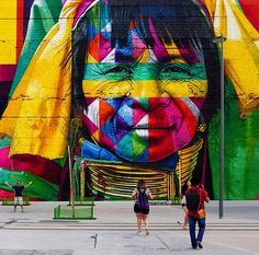 "by Eduardo Kobra, uma das faces do mural ""Las etnias"" (2016)"