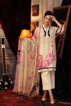 790098e759 Ibaas Designer Suits - One stop shop for Indian and Original Pakistani  Brands in Wholesale and Retail.