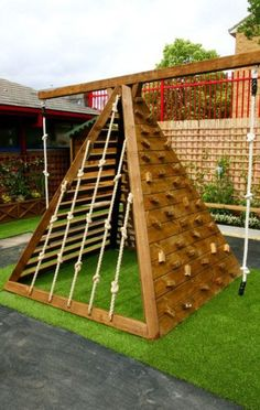 Backyard playground ideas outdoor playset jungle gym Ideas for 2019 Backyard Gym, Backyard Playset, Backyard For Kids, Backyard Landscaping, Outdoor Playset, Playset Diy, Playground Set, Playground Design, Outdoor Playground
