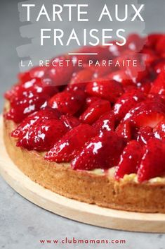 Drink Recipes 95984 a homemade strawberry pie, a sweet dough, an almond cream, a pastry cream and fresh fruit! The perfect recipe! Strawberry Tart, Fruit Tart, Pop Tarts, Peppermint Crisp Tart, Tart Crust Recipe, Vegan Tarts, Tart Filling, Sweet Dough, Egg Tart