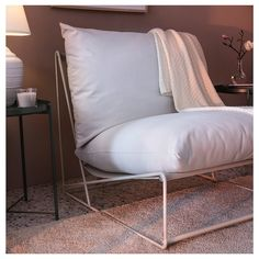 HAVSTEN Easy chair, in/outdoor, beige. Generous seats, fluffy cushions as well as elastic mesh fabric make the sofa comfortable. Outdoor Seat Pads, Outdoor Cushion Covers, Outdoor Cushions, Cushions On Sofa, Outdoor Lounge, Outdoor Dining, Ikea Outdoor, Mesh Chair, Diy Chair
