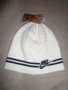 NWT White Knit NIKE Unisex Adult Men s Winter Beanie Hat Cap One Size   fashion   e13bd9ea7