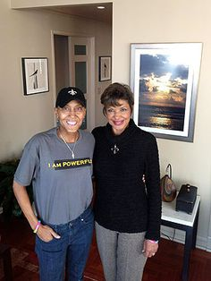 Robin Roberts is recovering after another hospital stay! Pulling for you, Robin! http://www.examiner.com/article/robin-roberts-back-home-following-hospital-stay-for-virus
