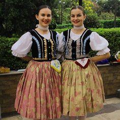 Folk Costume, Costumes, Popular, Culture, Traditional, Handkerchiefs, Outfits, Instagram, Google