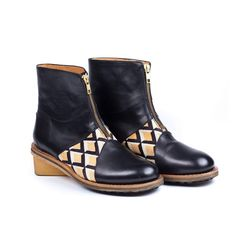 Mioona is about shoes, bags and other accessories. Other Accessories, Urban Fashion, Printing On Fabric, Footwear, African, Boots, Leather, Crotch Boots, Fabric Printing