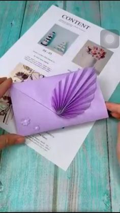 Cool Paper Crafts, Paper Crafts Origami, Diy Crafts For Gifts, Diy Arts And Crafts, Origami Envelope Easy, Origami Birthday Card, Origami Letter, Diy Gift Box, Gift Boxes
