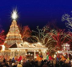 Christmas at Silver Dollar City. Branson, MO. Childhood favorite! Going back in 2 weeks! :)