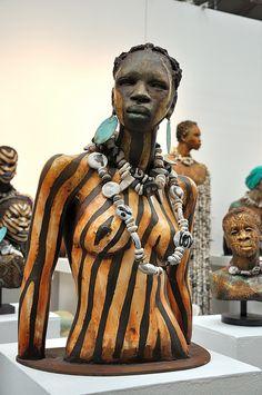 Sculpture by Woodrow Nash Arte Fashion, Afrique Art, African Artwork, African Sculptures, Art Africain, Black Artists, African American Art, Black Women Art, Sculpture Clay