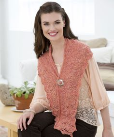 Lily Crescent Shawlette Knitting Pattern #knit #redheartyarns