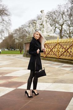 Reflecting on not giving up and reaching your dreams over on the blog now wearing this INCREDIBLE Burberry trench!