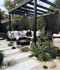 Outdoor Rooms, Outdoor Dining, Outdoor Decor, Pool Shade, Back Garden Design, Garden Inspiration, Backyard Landscaping, Decoration, Home And Garden