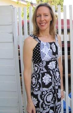 Moniques Stitches: Jamie Dress Finished!