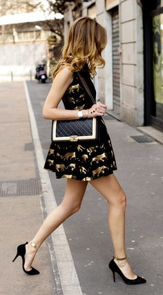 THE PERFECT LITTLE BLACK DRESS Turn everyones sights towards you with this Black & Gold Scuba Dress, Black Baguette Shoulder Bag & Black Point Pumps... Lovely for a dinner party with friends.