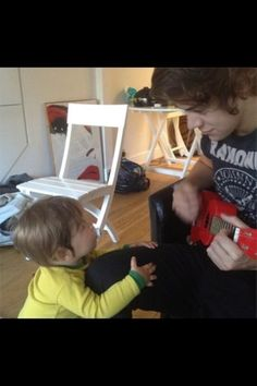 Harry and a little kid.