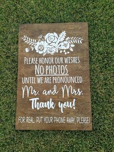 Best Ways to Politely tell your Wedding Guests you have a Photographer. Check out these Unplugged Wedding Sign Ideas Saying No Phones or cameras! Wedding Trends, Trendy Wedding, Diy Wedding, Rustic Wedding, Wedding Photos, Dream Wedding, Wedding Day, Wedding Stuff, Pallet Wedding