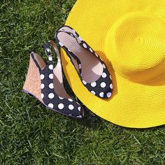 Complete with gorgeous yellow hat. Picnic Style, Hello Summer, Gingham, Polka Dots, Wedges, Hat, Yellow, Nails, Classic