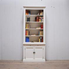 Platz für Bücher oder stilvolle Dekoration mit diesem schönen Regal im Landhausstil http://restyle24.de/Regalschrank-Landri
