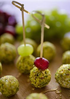 Goat Cheese Wrapped Grape Bites {Recipe}, http://www.savorystyle.com/goat-cheese-wrapped-grape-bites